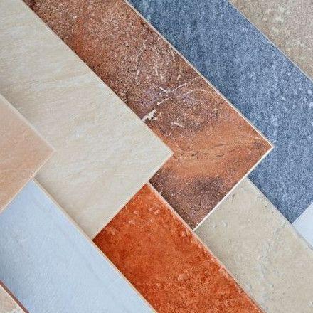 Realizziamo accurate pavimentazioni e rivestimenti per interni ed esterni utilizzando pregiato materiale ecologico (ceramica, marmo, cotto, parquet, mosaico etc)
