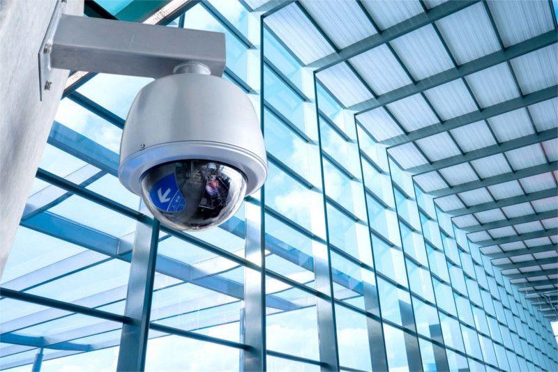 Garantiamo la sicurezza domestica e industriale proponendovi soluzioni all'avanguardia e personalizzate in base alle singole esigenze (Sistemi antifurto, allarme, videosorveglianza/TVCC)